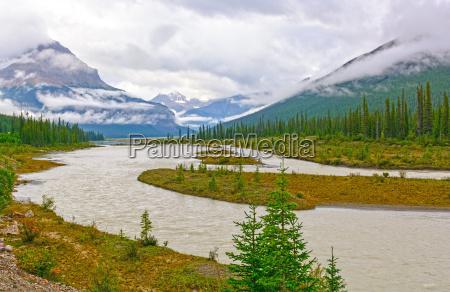 kanada szczyty zachmurzenie river rzeka aqua