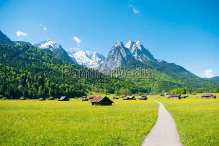 panorama gor w poblizu garmisch partenkirchen