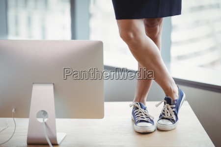 kobieta womane baba biuro biurko miejsce