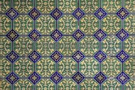 traditional wall tiles