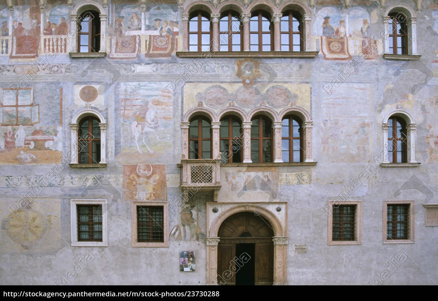 freski, na, palazzo, geremia, w, trento - 23730288