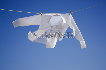 shirt on clothes line
