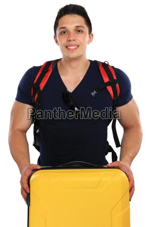 mlody czlowiek z walizka podroz podroz
