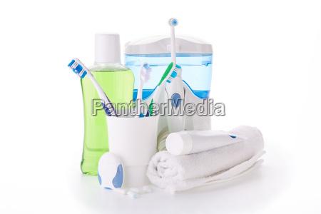 akcesoria do czyszczenia zebow hygiena jamy