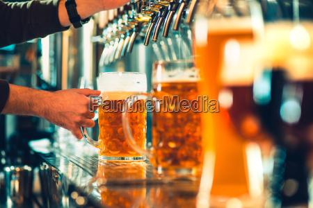 kufel piwa stol barowy stalowe zawory
