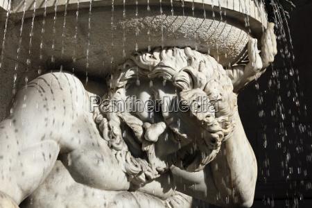 detail of danubiusbrunnen albrechtsbrunnen an external