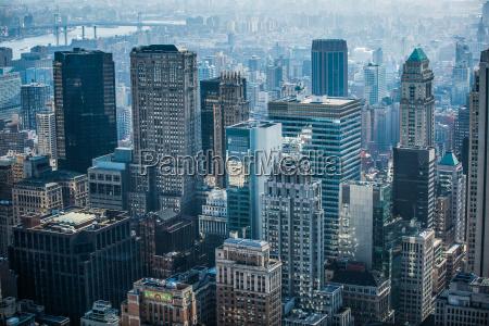 wieza biuro jazda podrozowanie miasto grod