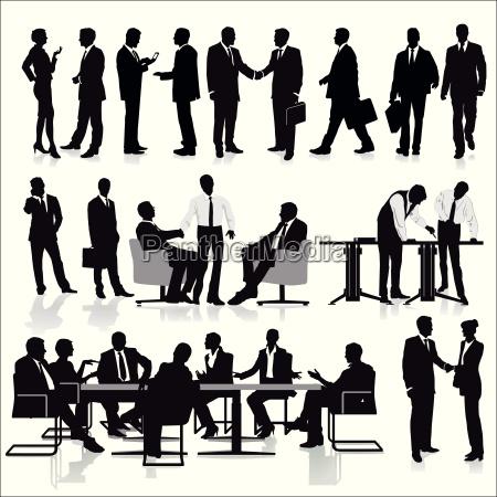 grupa menedzerow w pracy zespolowej