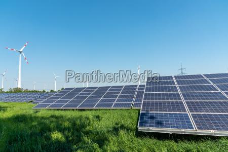 energetyka odnawialna i linie energetyczne w