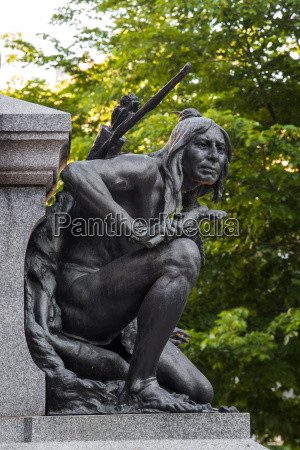 iroquois native american figure at the
