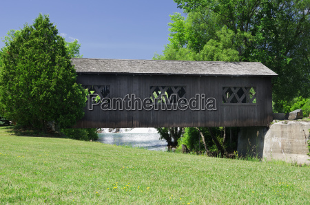 covered bridge over la chute riverwalk