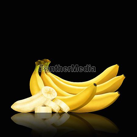 bananenfldel und scheiben geschaelter banane
