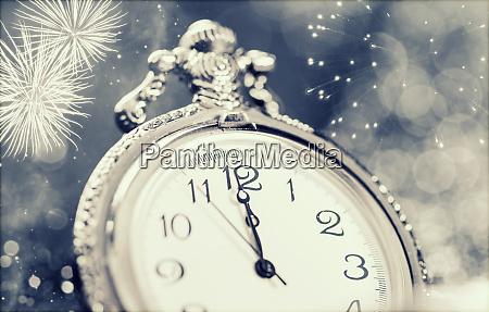 nowy rok o polnocy stare swiatla