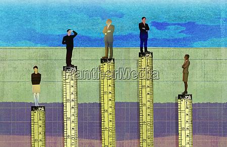 biznesmeni wyzsze niz przedsiebiorcow w hierarchii
