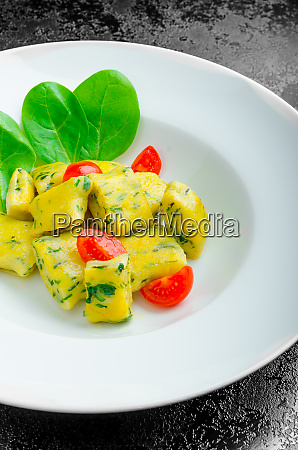 spinach gnocchi with melted butter