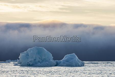 norwegia svalbard kvitoya gora lodowa i