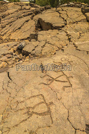usa hawaii waikoloa petroglyph figures in