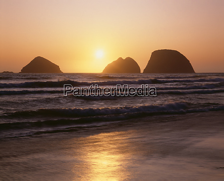 usa oregon oceanside beach state wayside
