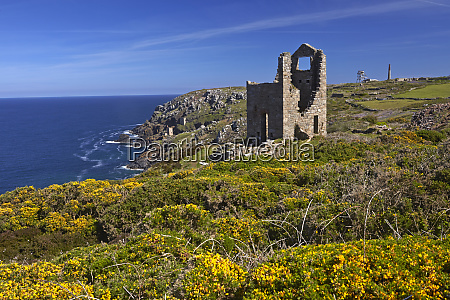 wheal owles tin mining engine house