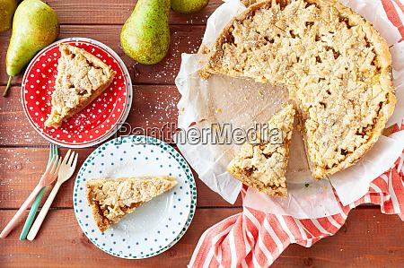 Swieze owoce ciastociasto z gruszek