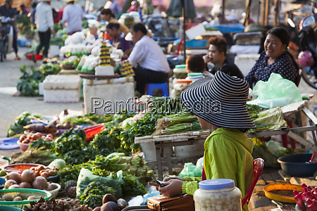 vietnam dien bien phu city market