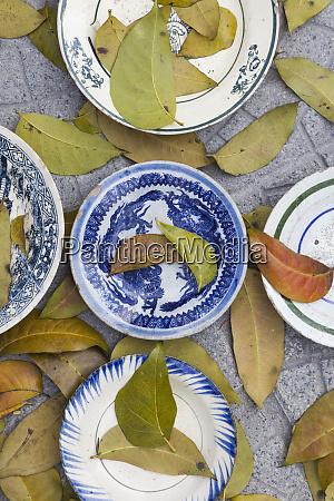 vietnam hue souvenir plates in outdoor