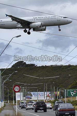 air new zealand airbus a320 landing