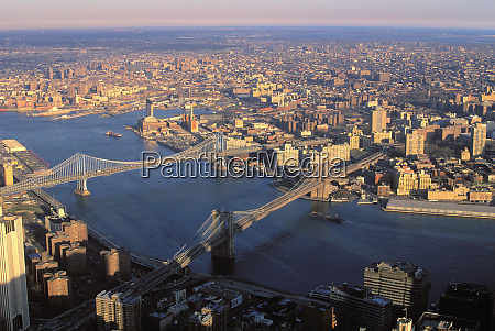 aerial view of brooklyn and manhattan