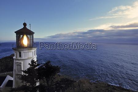 usa oregon heceta head the lighthouse