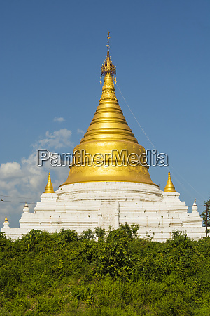 myanmar mandalay inwa bright golden pagoda