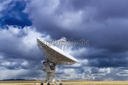 radio telescope at the very large