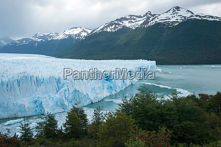 terminal oblicze lodowca perito moreno patagonia