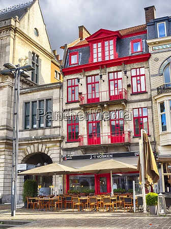belgia gandawa pejzaz miejski w sloncu