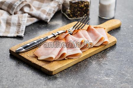 pokrojona wedzona szynka smaczne mieso wieprzowe