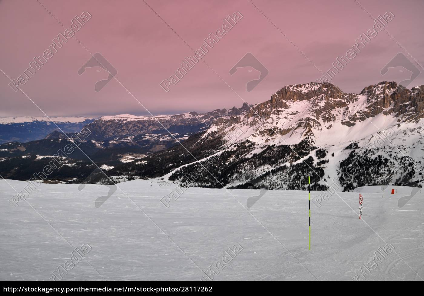 skiing, insouthern, tyrol - 28117262