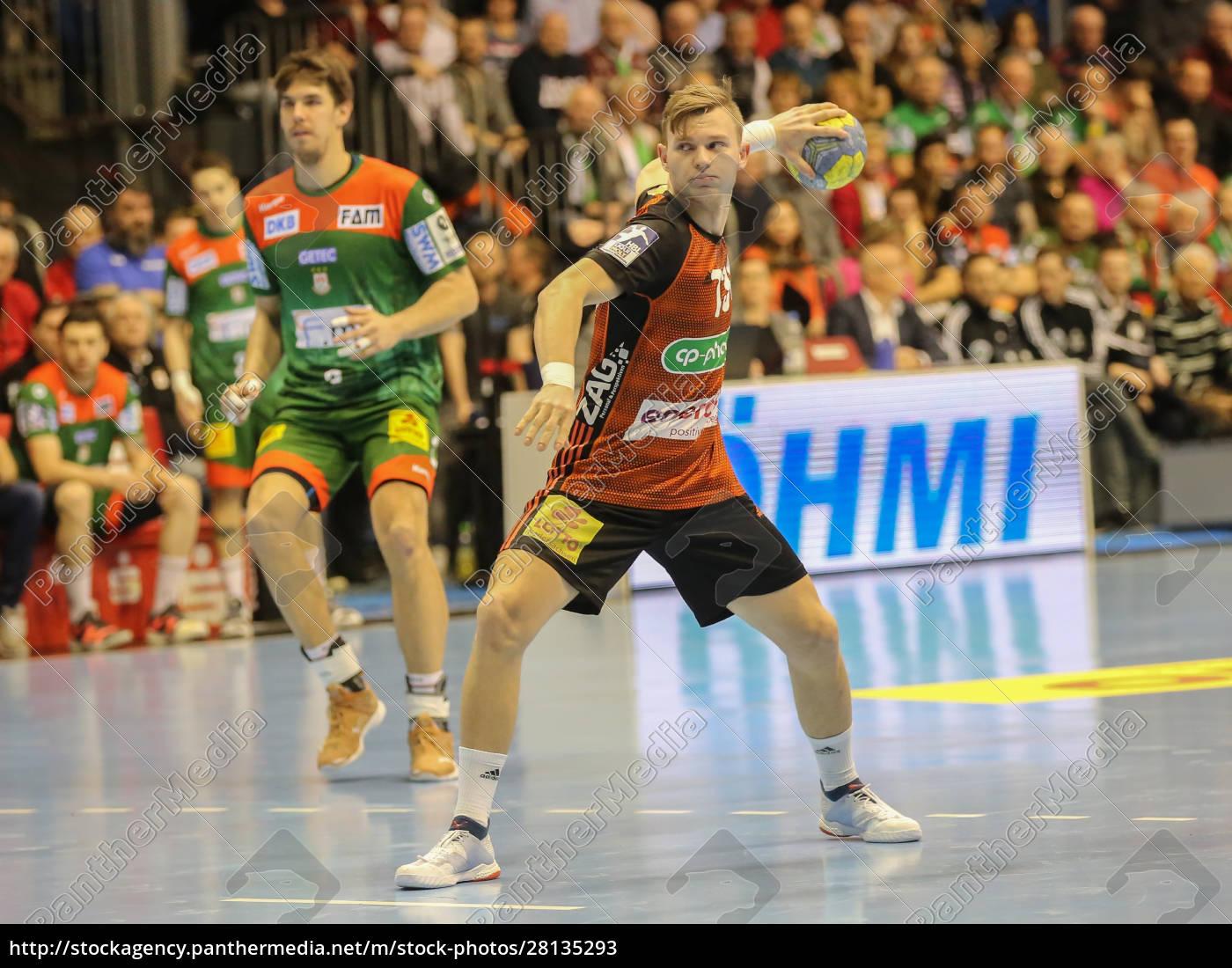 niemiecki, piłkarz, ręczny, timo, kastening, tsv, hannover-burgdorf - 28135293
