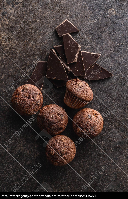 smaczne, babeczki, czekoladowe., słodkie, babeczki. - 28135277