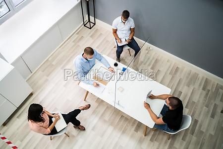 spotkanie biznesowe z rozmowa kwalifikacyjna