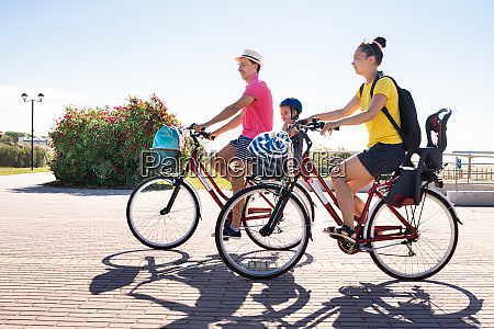 family, riding, bicycle, outside - 28797811