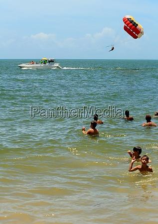 parasail na praia de porto seguro