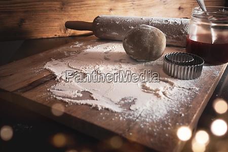 skladniki do pieczenia swiatecznych ciasteczek