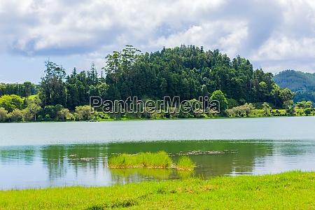 furnas, lake, in, sao, miguel, island - 28935302