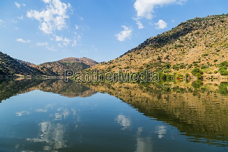 scenic, view, of, the, douro, valley - 28935030