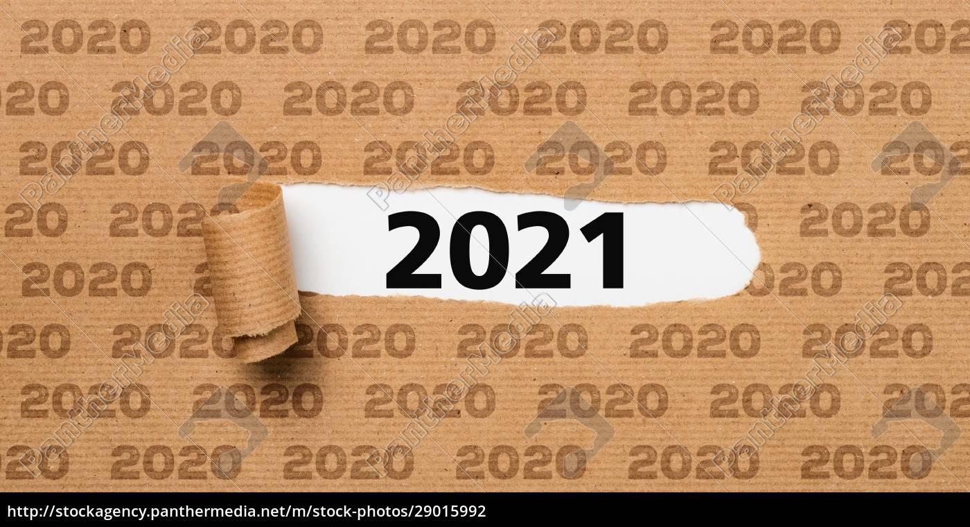 rozdarty, papier, ujawniający, numer, 2021 - 29015992