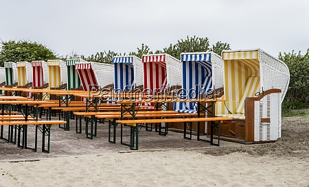 beach, chairs, in, a, cafe - 29032249