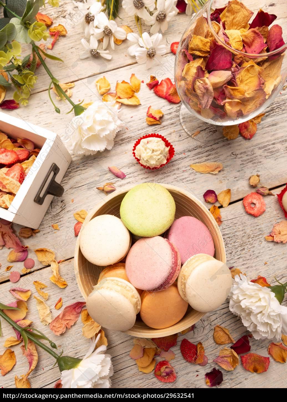 still, life, of, macaroon, cakes - 29632541