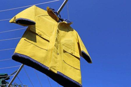 żółte, niebieski, odzież, ochrona, sukienka, kaptur - B359063062